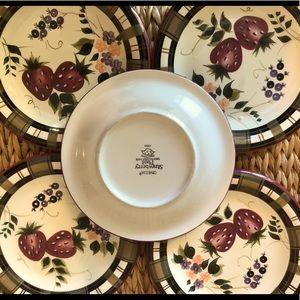5 Oneida Strawberry Plaid dessert/salad plates